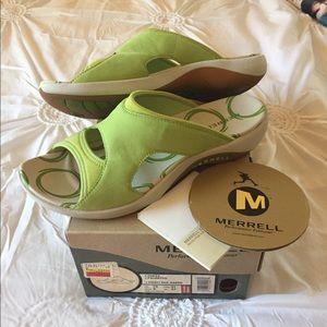Sweet pea green Sandals
